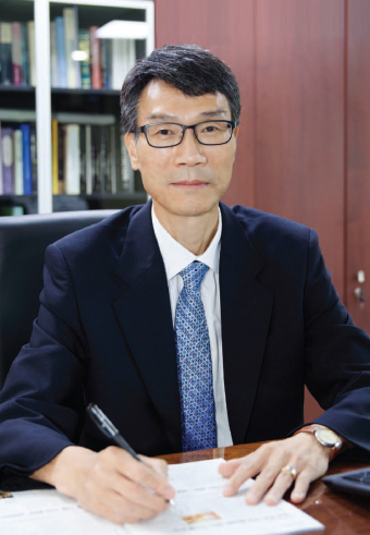 korea Astronomy and Space Science Institute President Inwoo Han picture